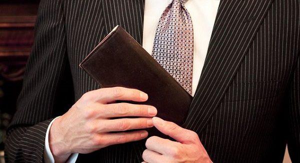 ブライドルレザー仕立てのメンズ長財布おすすめです
