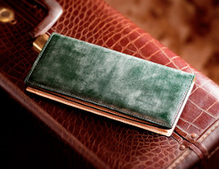 収納力が高いブライドルレザー長財布