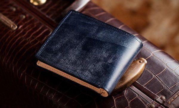 英国産最高級ブライドルレザーを使ったメンズ二つ折り財布