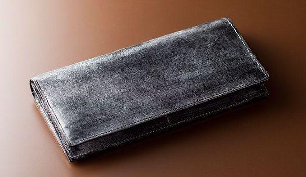 全面ブライドルレザーのカードが沢山入る長財布