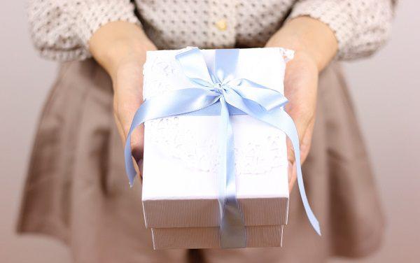 外さない!彼氏や旦那さんへのクリスマスプレゼントに財布の選び方