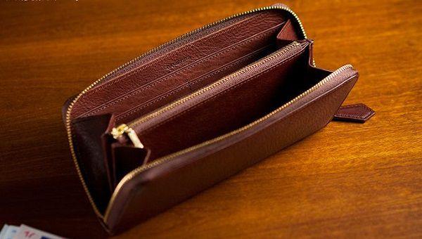 プライベートで使う財布