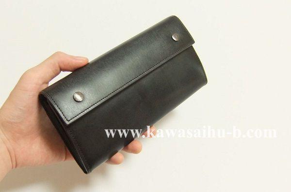 ユハクの長財布ブライドルクラッチウォレットは長く使えますね