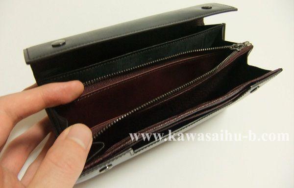 ユハクの長財布ブライドルクラッチウォレットは大容量です!