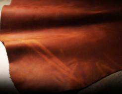 柔らかく・滑らかな手触りが魅力的なおすすめ革財布