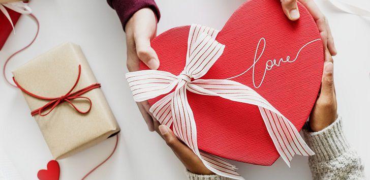 彼氏や旦那さんへのクリスマスプレゼントに人気の財布ブランド